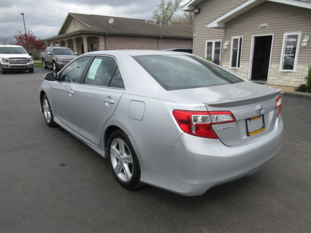 2012 TOYOTA CAMRY - Image 6
