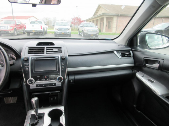 2012 TOYOTA CAMRY - Image 18