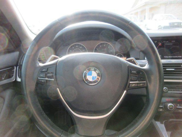 2016 BMW 528 - Image 18