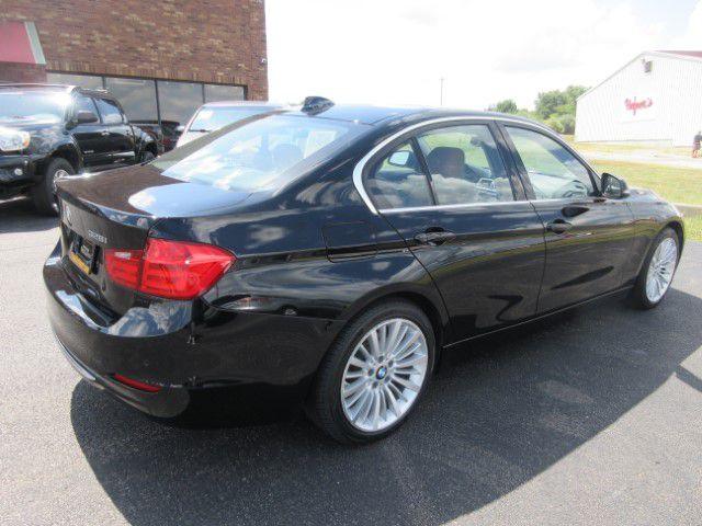 2015 BMW 328 - Image 3