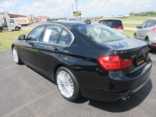 2015 BMW 328 - Image 5