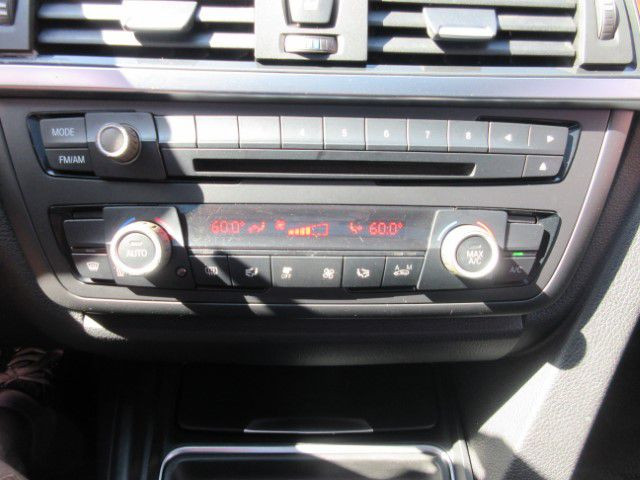 2013 BMW 328 - Image 22